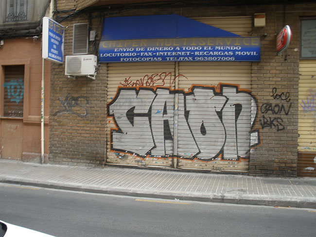 Caon graffiti photo 8