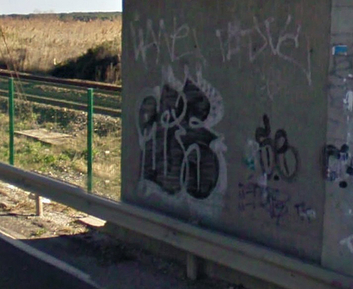 Frontignan unidentified graffiti picture 7