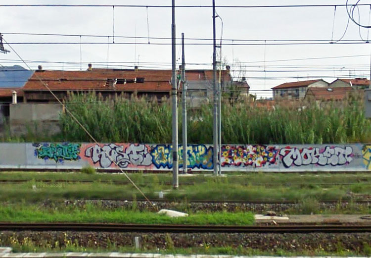 Rusto graffiti photo