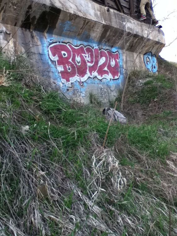 Boezo graffiti photo