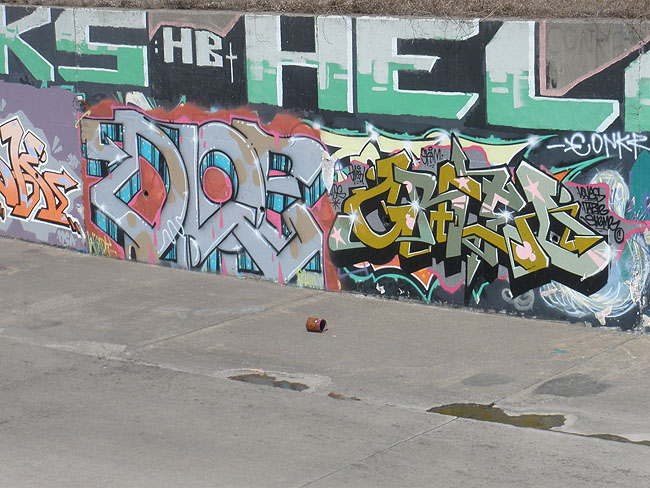 Dloe Mississauga graffiti picture 2